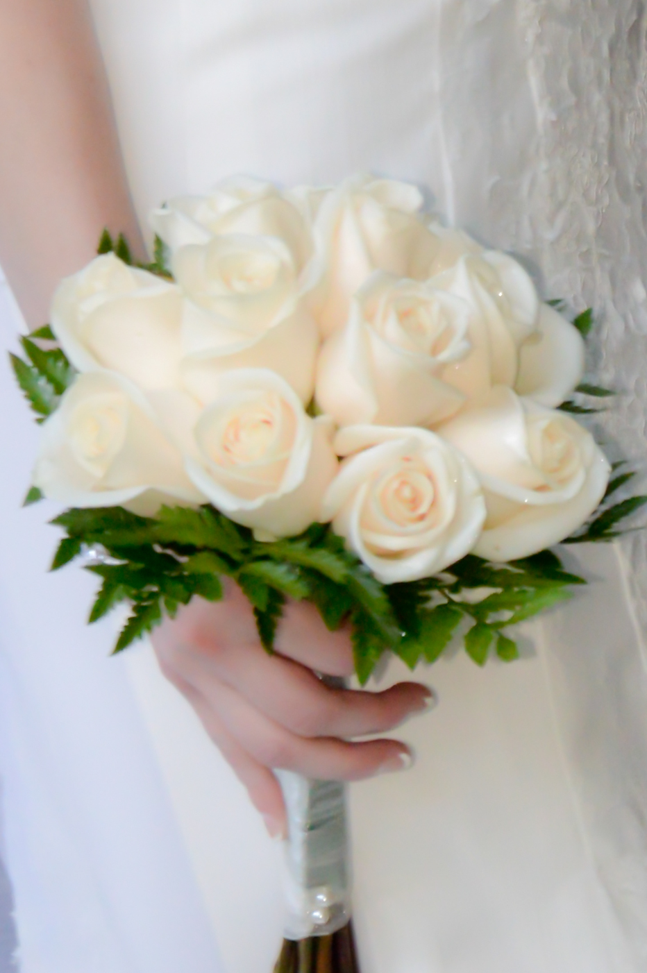 Wedding Bouquet Of White Roses Twelve Rose Hand Tied ...