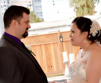 Candid wedding photography: I do.