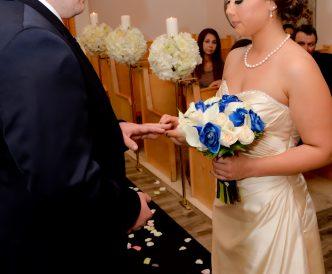 wedding-rings-exchange-chapel