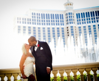 Wedding photography on the Vegas Strip: daytime photo shoot, Bellagio water show.