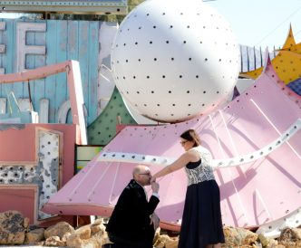 1neon-wedding-hand-kiss