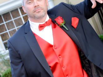 Posed wedding photography: masculine groom.