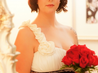 Posed wedding photography: bridal first look.