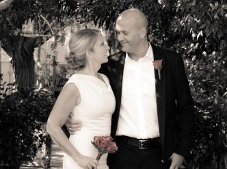 Posed wedding photography: happy couple.