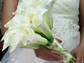 White Lilly bridal bouquet.