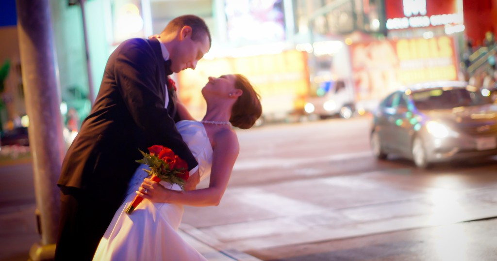Avoid the Stress of a Wedding: Elope in Las Vegas!