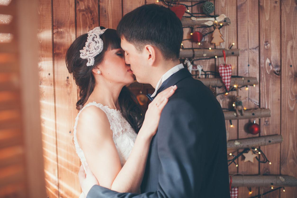a las vegas christmas wedding