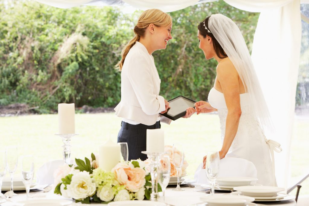 Las Vegas Wedding Planners Taking Away Some of the Wedding-Planning Stress