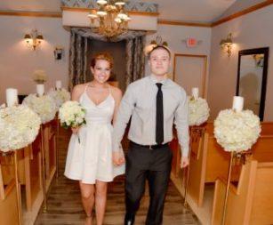 bridal-procession-candid-chapel.jpg-nggid03692-ngg0dyn-332x274x100-00f0w010c011r110f110r010t010