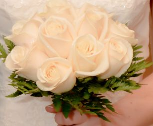 dozen-rose-bridal-white