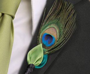 peacock-boutonniere