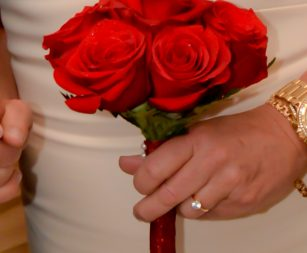 six-rose-bridal-bouquet-red-2