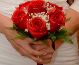 six-rose-bridal-bouquet-red